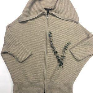 {BCBGMAXAZRIA}  small crowd neck zipper sweater